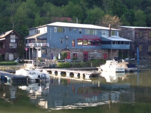 The Finch & Chubb Restaurant & Inn offers great meals and docking. They were closed Tuesday night, but the Owner, LeAnne Ingalls, was kind enough to open just for us and cook us dinner!