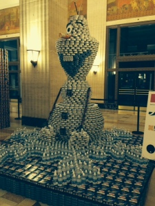 there are over 13,000 cans in this statue - don't these guys have a life?