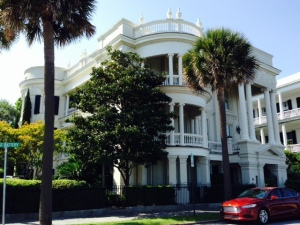 Above and following are some of the spectacular buildings that are throughout downtown Charleston