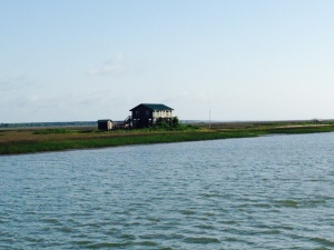 An isolated home set in the marsh along the ICW